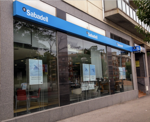 Bonos convertibles Banco Sabadell: Show must go on.