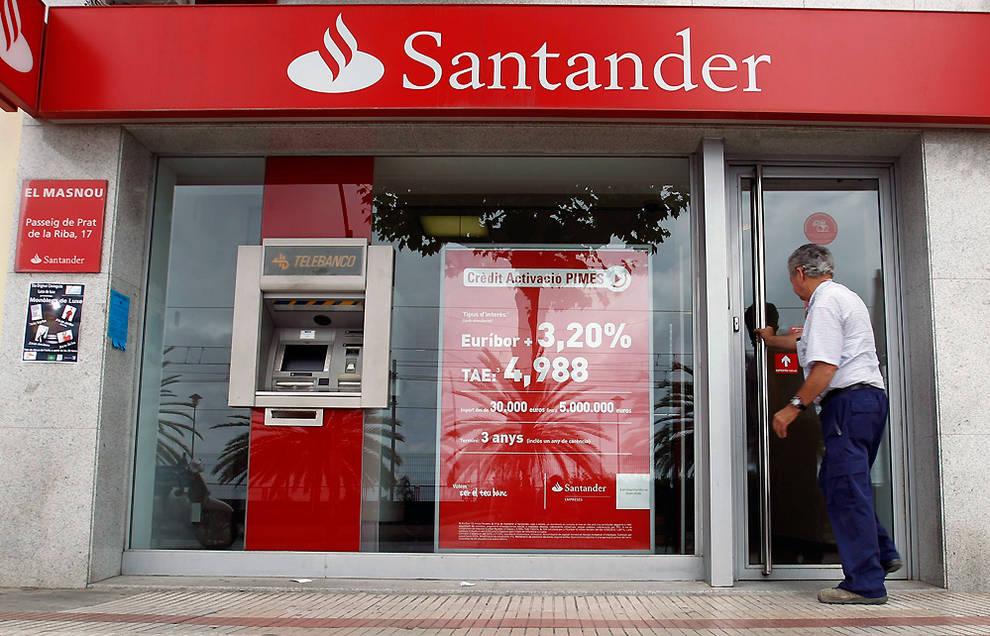 Un juzgado de Gijón condena al Santander a indemnizar con más de 15.000 euros a un matrimonio que compró acciones del Popular