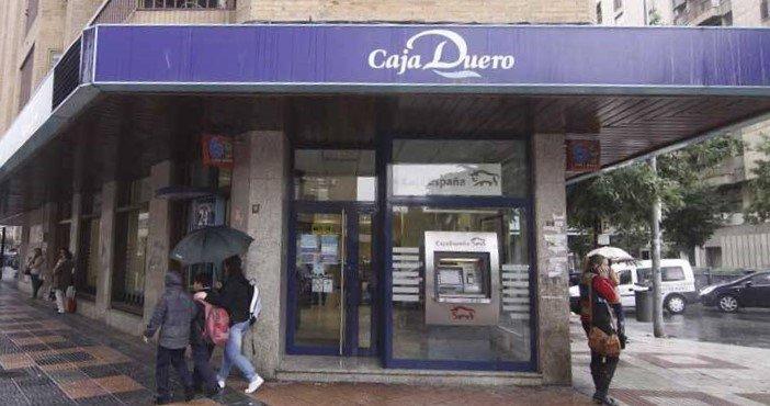 Un vecino de La Calzada recupera 6.000 euros de obligaciones subordinadas Caja Duero